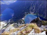 Kazalnica (2159 m n.p.m.) - widok na Dolinę Rybiego Potoku (Morskie Oko + Czarny Staw pod Rysami)