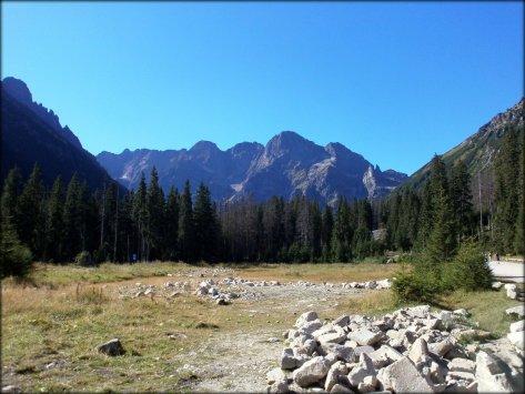 Polana Włosienica - widok na szczyty w rejonie Morskiego Oka - wrzesień 2012