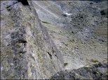 Orla Perć - Zmarzła Przełęcz (2126 m n.p.m.) - spojrzenie w kierunku Pustej Dolinki - lipiec 2013
