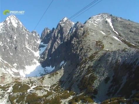 Słoneczny obraz z kamery internetowej w Łomnickiej Dolinie - 9 maja 2014 [godz. 7:01]