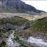 Dolina Pańszczyca – pozostałości po zimie w zagłębieniu terenu – lipiec 2013